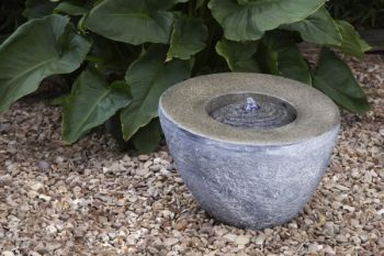 Complete Remote Control Wireless Liberty Cut Rock Garden Feature Fountain