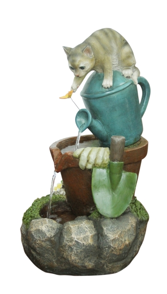 Solar Playful Cat Water Feature
