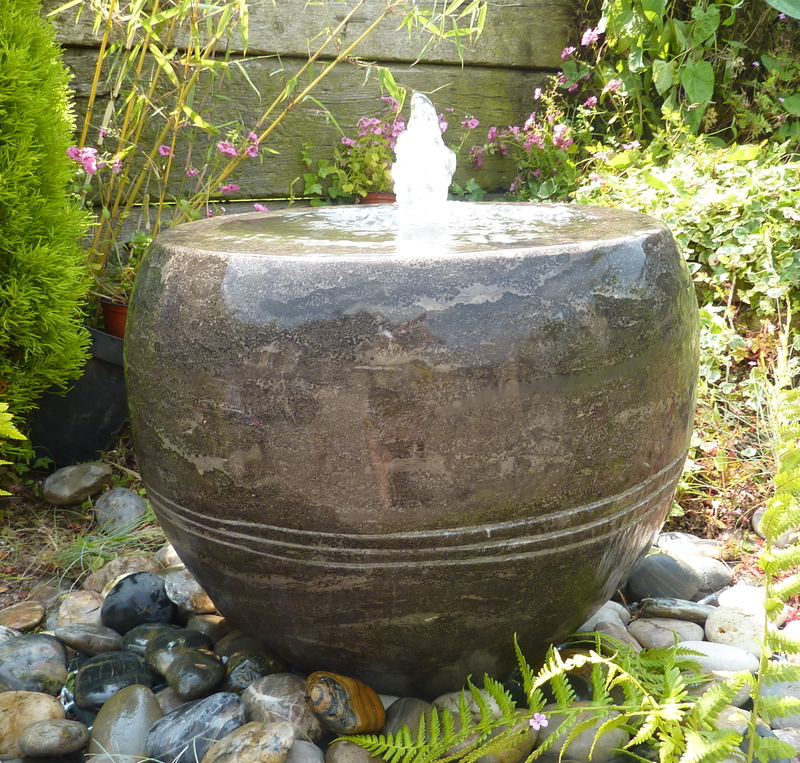 Black Vase Fountain/Planter- Water Feature