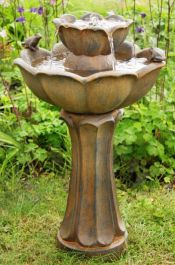 64cm Petal Bird Bath Rust Effect Water Feature