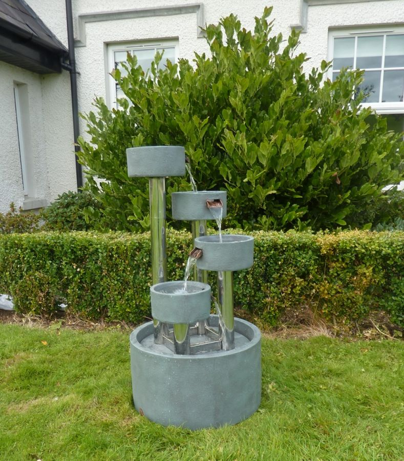 Four Circular Cups On Stainless Steel Columns Water Feature With Lights