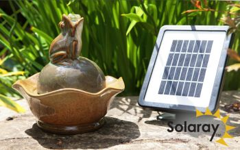 Solar Gargle Frog and Lily Pad Water Feature by Solaray™