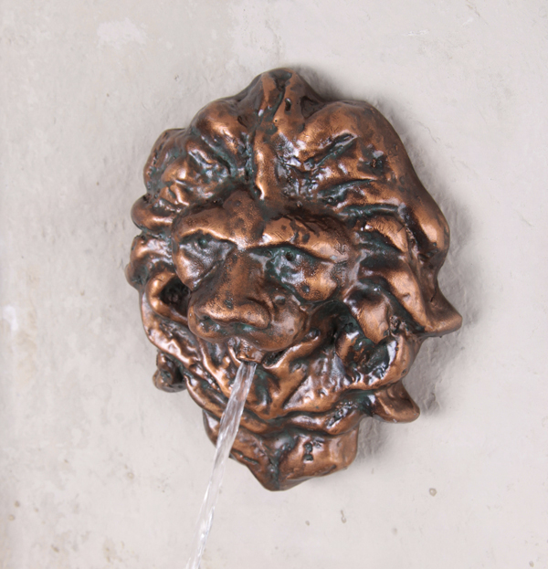 Zaragoza Water Feature with Valencia Lion Head Spout