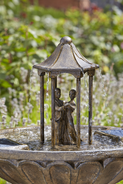 83cm Dancing Couple Solar Powered Bird Bath Water Feature