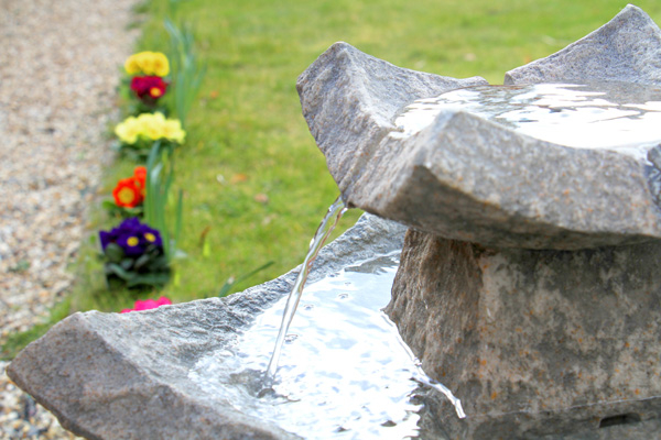 62cm Pavillion Solar Bird Bath Water Feature by Solaray™