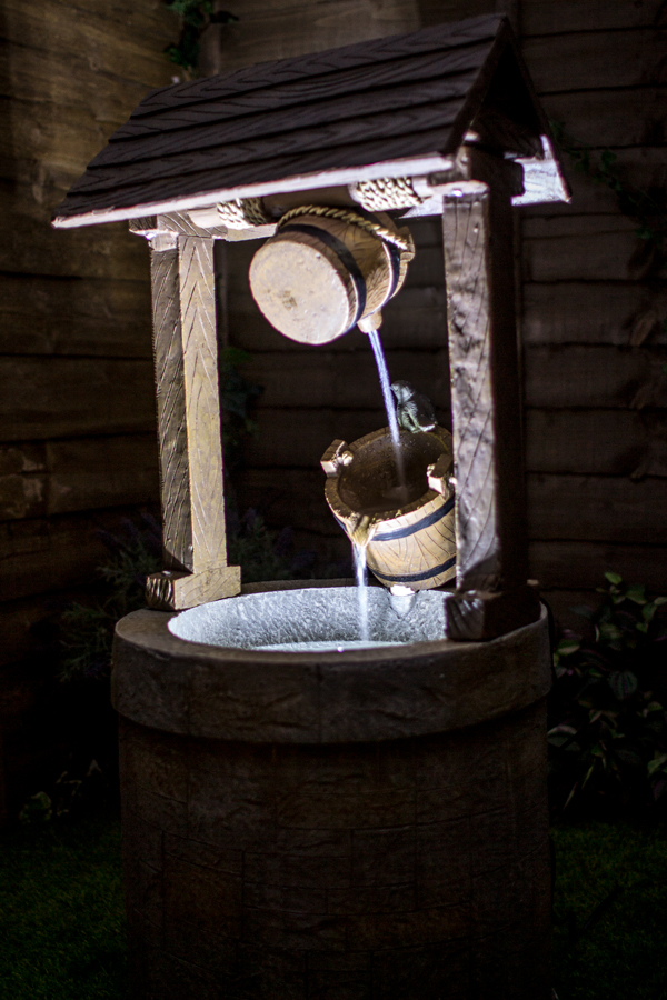 1m Wishing Well Water Feature With Lights By Ambient 233 163 149 99