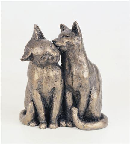 Yum Yum And Friend Cats Sculpture