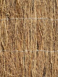 Brushwood Thatch Screening 4m rolls 1m high 1cm thick