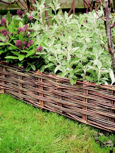 Willow Woven Hurdle Edging (H20cm x L1.2m) (Pack of 2)