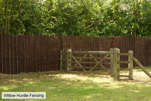 5ft (1.5m) Willow Hurdles Fencing Panel by Papillon™