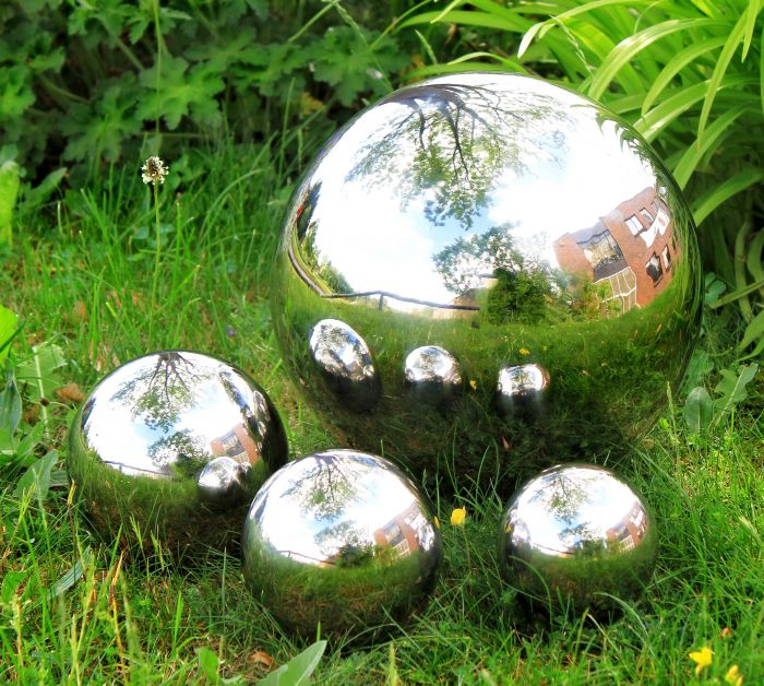 Polished Stainless Steel Gazing Globe Sphere: Set of Four Spheres