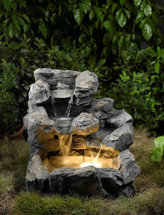 Freeform Cascade Pool Water Feature With Lights