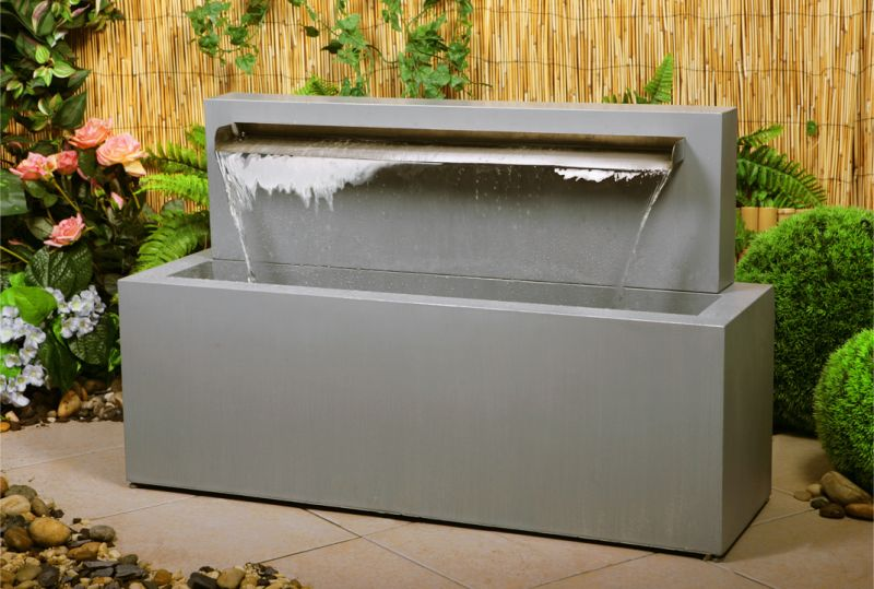 70cm Blade Fountain Water Feature