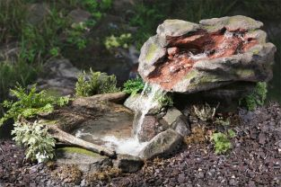 L180cm Utsuri Falls Stone River Water Feature with Pond by Ambienté™